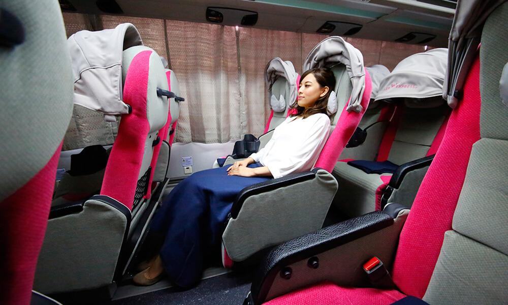 乗車イメージ 女性